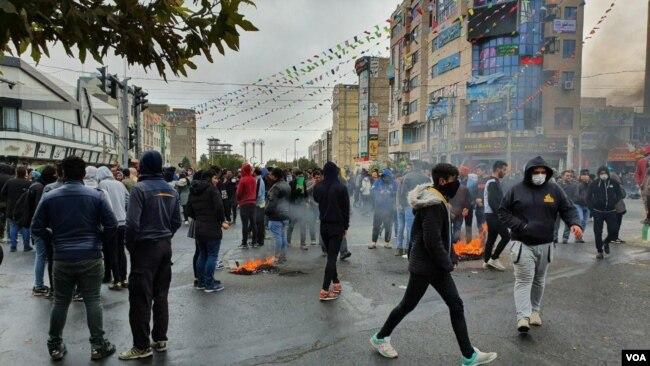 伊朗连续第三天关闭全国互联网