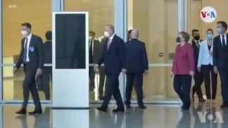 Prezidan Joe Biden twouve l an Swis an nan kad somè ak Prezidan Larisi a Vladimir Putin
