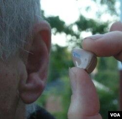 Gangguan pendengaran dialami ketika seseorang beranjak tua, namun memainkan musik secara rutin di masa muda akan membantu mengurangi berkurangnya pendengaran.
