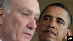 President Barack Obama (r) and his new White House Chief of Staff William Daley, 06 Jan 2010