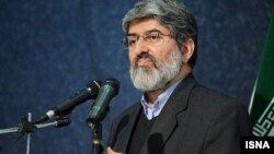 علی مطهری، نماینده اصولگرای مجلس، از معدود مدافعان رفع حصر رهبران معترضان سال 88 است