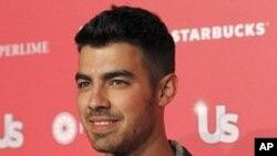 """La producción de """"Grease Live"""" en el canal Fox, contará además de Jonas y su banda DNCE, con Boyz II Men y un elenco de estrellas."""