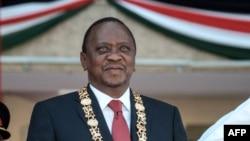 Uhuru Kenyatta visita Maputo
