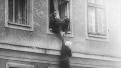 Tarixin qara səhifələrində - Berlin Divarı
