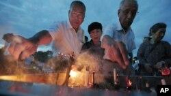日本人民紀念廣島原爆67週年的死難者