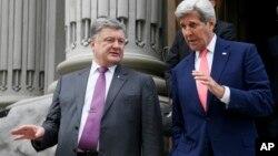 Петр Порошенко и Джон Керри. Киев, Украина. 7 июля 2016 г.