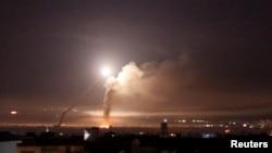 تصویری از حملات موشکی پیشین به پایتخت سوریه در بهار امسال