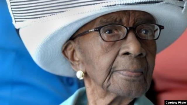 Mamie Rearden lahir pada tanggal 7 September 1898 di Edgefield, South Carolina meninggal pada usia 114 tahun.