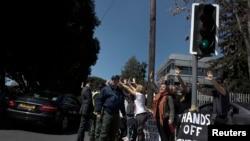 塞浦路斯居民抗议获得国际紧急救助的条件