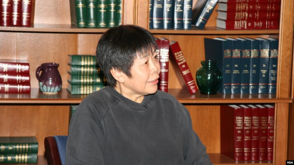 中国独立的学者和评论员戴晴 (2006年3月2日,美国之音东方拍摄)