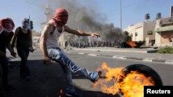Dans beaucoup de pays où les jeunes sont sous-employés ou inactifs, ils deviennent des proies faciles pour des manipulations idéologiques, rappelle l'Onu (Photo Reuters)