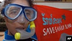 Một nhà hoạt động Thái Lan biểu tình chống ô nhiễm môi trường.