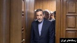 علی اکبر ولایتی، وزیر خارجه سابق ایران و مشاور آیت الله خامنه ای به روسیه سفر کرده بود.