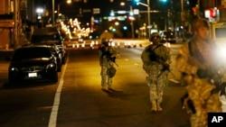 Pripadnici Nacionalne garde na ulicama Baltimora