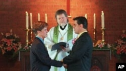 En el 2011 el presidente Barak Obama negó su apoyo a la ley DOMA o al Acta de Defensa al Matrimonio.