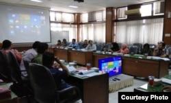 Dialog tentang akses keadilan di Dinas Sosial DI Yogyakarta. (Foto:alamak)