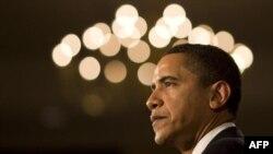 Tổng thống Obama nói rằng những người có bảo hiểm năm nay không còn phải lo ngại là sẽ bị hãng bảo hiểm loại ra
