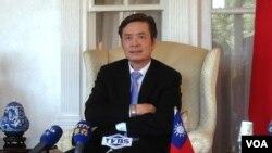 台湾驻美代表金溥聪 (美国之音钟辰芳拍摄)