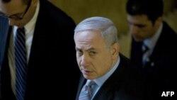 Izraelski premijer Benjamin Netanjahu dolazi na nedeljni sastanak kabineta u Jerusalimu, 20. februar, 2011.