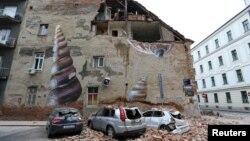 Gempa mengguncang Angreb, Kroasia di tengah 'lockdown' sebagian akibat merebaknya wabah corona di negara itu, 22 Maret 2020.