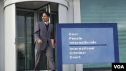 """Netzai Sandoval, pengacara HAM Meksiko menyampaikan gugatan ke Mahkamah Kejahatan Internasional di Den Haag (25/11) atas tewasnya ribuan warga Meksiko dalam """"perang melawan narkoba""""."""