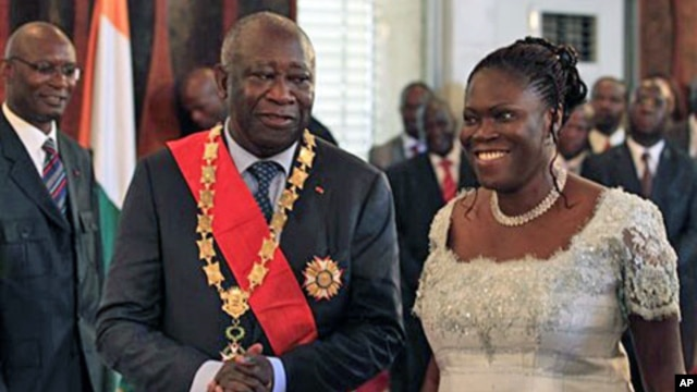 Ivory Coast President Laurent Gbagbo and his wife Simone during the swearing-in ceremony at the Presidential Palace in Abidjan (File)