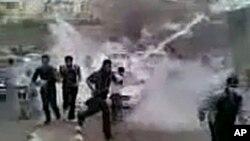 Ο στρατός επιχειρεί να διαφυλάξει τη τάξη στη Συρία