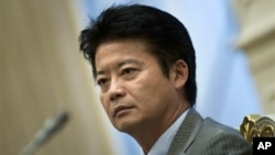 기자회견 중인 겐바 고이치로 일본 외상. (자료 사진)