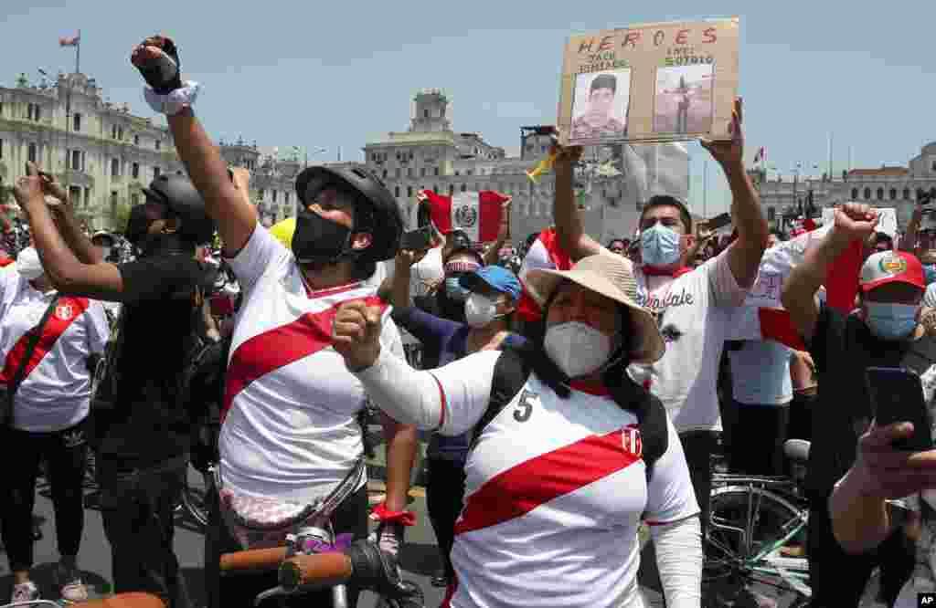 اعتراض در پرو ادامه دارد. کنگره این کشور رئیس جمهوری را برکنار کرده اما حامیان رئیس جمهوری معزول همچنان در خیابان هستند و معترضند.