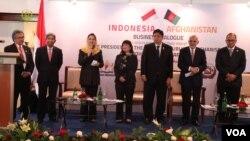 جمهو رئیس غني اندونیزیایي تاجرانو او پانګوالو ته په افغانستان کې شته فرصتونه تشریح کړل