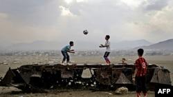 Taleban Liderinden 'Sivilleri Öldürmeyin' Çağrısı