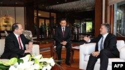 Cumhurbaşkanı Gül Barzani'yle, Barzani BDP ile DTK Heyetiyle Görüştü
