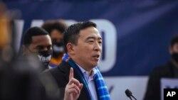 Andrew Yang, mencalonkan diri untuk pemilihan Walikota New York