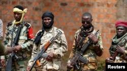 Combattants Sélékas à Bambari , République centrafricaine, le 31 mai 2014.