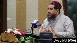 آقای مسلمیار گفت که صلح باید با ادای احترام به قربانیان هجده سال اخیر افغانستان توام باشد