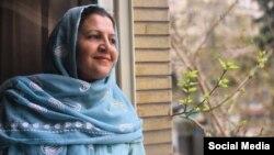 شکوفه یداللهی، از زنان درویش بازداشت شده که در زندان قرچک زندانی است
