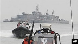 South Korean navy speed boats patrol near Yeonpyong Island, west of mainland South Korea, in the Yellow Sea (File)