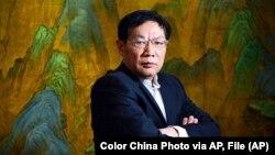 Tư liệu: Trùm bất động sản Trung Quốc Nhậm Chí Cường (Ren Zhiqiang) tại văn phòng của ông ở Bắc Kinh. Ảnh chụp ngày 3/12/2012.