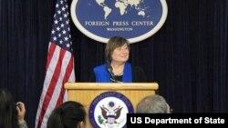 美国国务次卿凯瑟琳•诺韦利在华盛顿外国记者中心(图片来源:美国国务院)