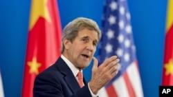 美国国务卿克里在北京参加第8轮美中战略与经济对话。