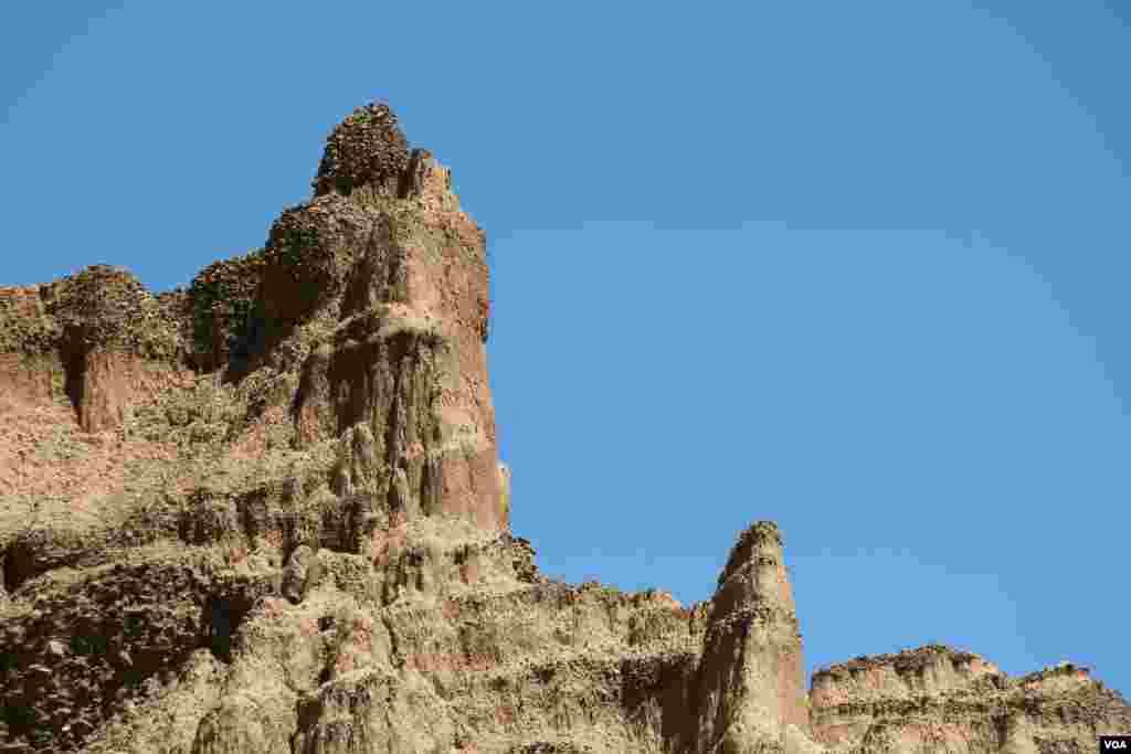 Pješčane piramide kod Foče nastale su usljed djelovanja kiše, mraza, vjetrova i vrućina.