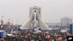 ایران:اسلامی انقلاب کی سالگرہ پرنئے راکٹوں کی نمائش کی جائے گی