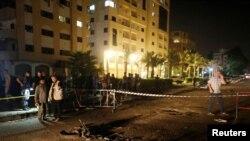 Gazze'de iki ayrı polis kontrol noktasında patlama meydana geldi.