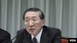 台湾外交部长林永乐向菲律宾表示抗议(美国之音杨晨拍摄)