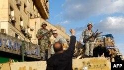 Египет с трудом возвращается к привычному образу жизни