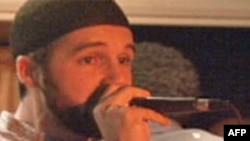 Ca sĩ Hồi giáo hát nhạc Rap