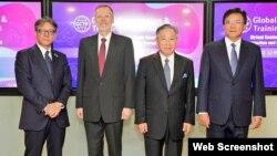 左起:日本台灣交流協會代理代表橫地晃、美國在台協會台北辦事處處長酈英傑、台灣外交部副部長田中光、台灣法務部政務次長蔡碧仲10月15日在台北舉行共同保護知識產權研討會。(圖片來源:台灣外交部推特)