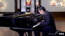 Фіма Чупахін: український піаніст у Нью-Йорку. Відео