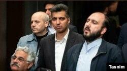 عادل فردوسی پور مجری و گزارشگر تلویزیون (چپ) درکنار فروغی مدیر شبکه سه