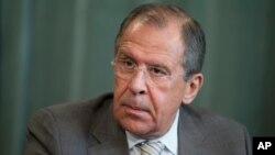 세르게이 라브로프 러시아 외무장관이 26일 모스크바에서 열린 기자회견에서 발언하고 있다.